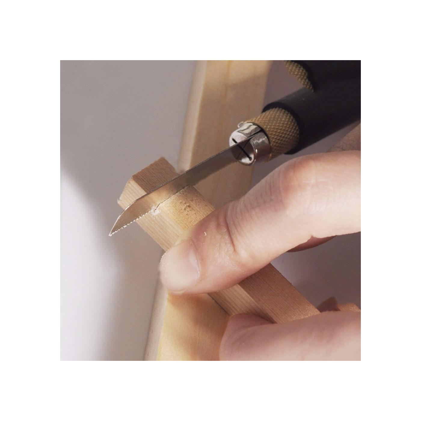 Mini, kleine handzaag in penvorm met 2 zaagbladen