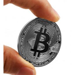 Bitcoin Münze, silberne Farbe, im Karton
