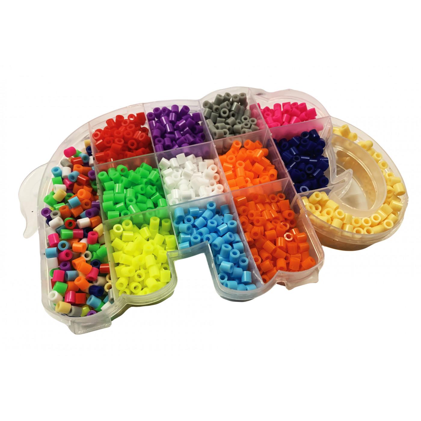 Nice elephant box with 1500 string beads  - 1