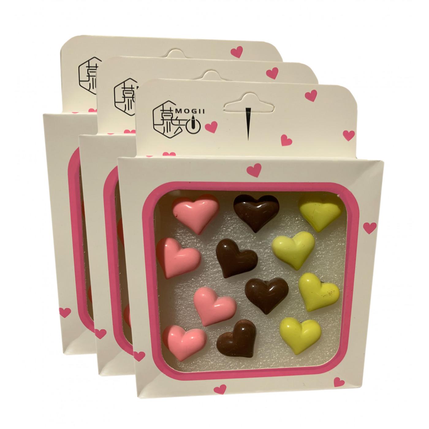 Set von 36 süßen Reißnägeln in Schachteln (Modell: Herzen