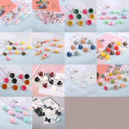 Set of 27 cute thumbtacks in boxes (model: hearts, green, blue and cream colored)  - 3