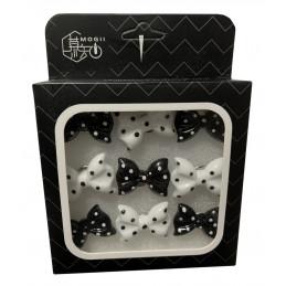 Zestaw 27 uroczych pinezek w pudełkach (model: kokardki, czarno-biały)  - 1