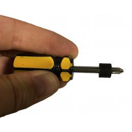 Set of 20 plastic spacers (6x12x10 mm, black)