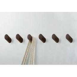 Set van 6 houten kledinghaken (kapstok), noten