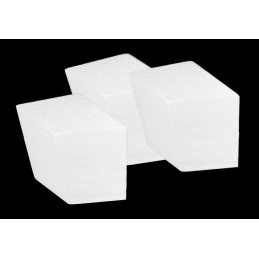 Set of 20 styrofoam shapes (diamond, 7.5x5.5x4.5 cm)